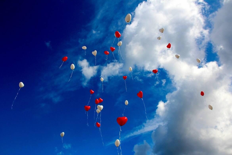 balloons-1046658_1280.jpg